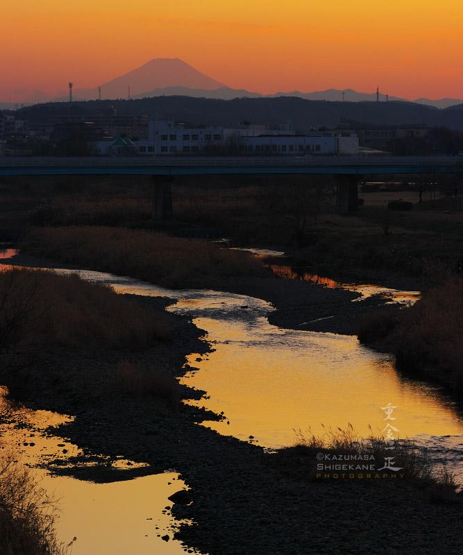 入間川 富士見橋から遠望する富士山