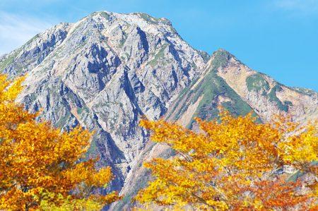 五龍岳(五竜岳)と紅葉